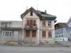 Die ehemalige Villa an der Dorfstrasse 20.